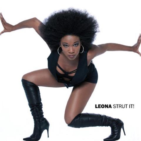 Leona Strut It